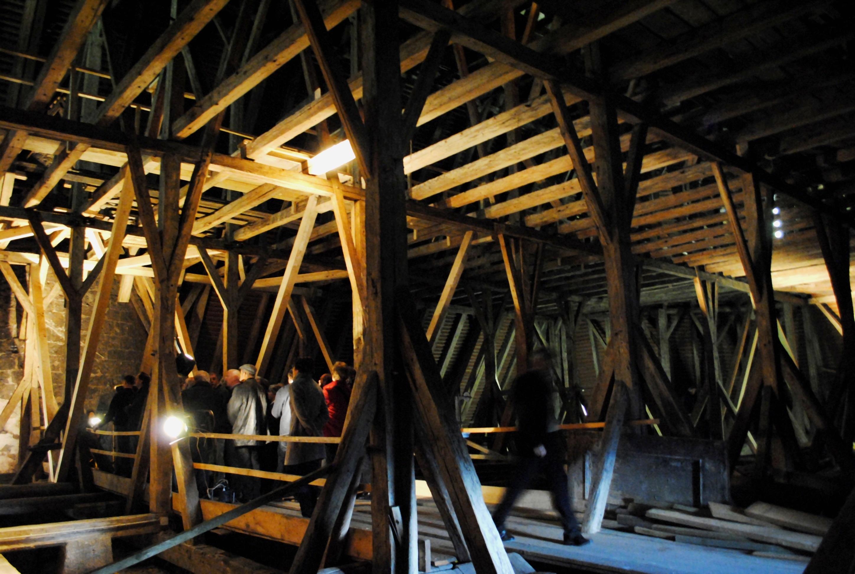 Steyr Stadtpfarrkirche, historischer Dachstuhl